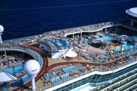 Usa, Bahamy Z Cape Liberty Na Lodi Adventure Of The Seas - 393863775