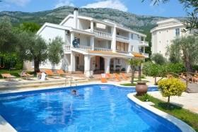 Hotel Ponta Club - Dotované Pobyty 50+