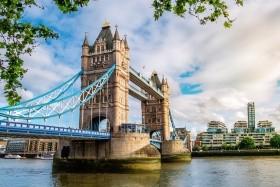 Londýn s památkami a ateliéry Harryho Pottera