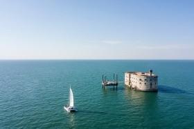 To nejlepší z La Rochelle + BORDEAUX + PEVNOST BOYARD (letecky z Prahy)