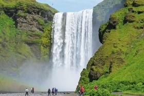FASCINUJÍCÍ ISLAND