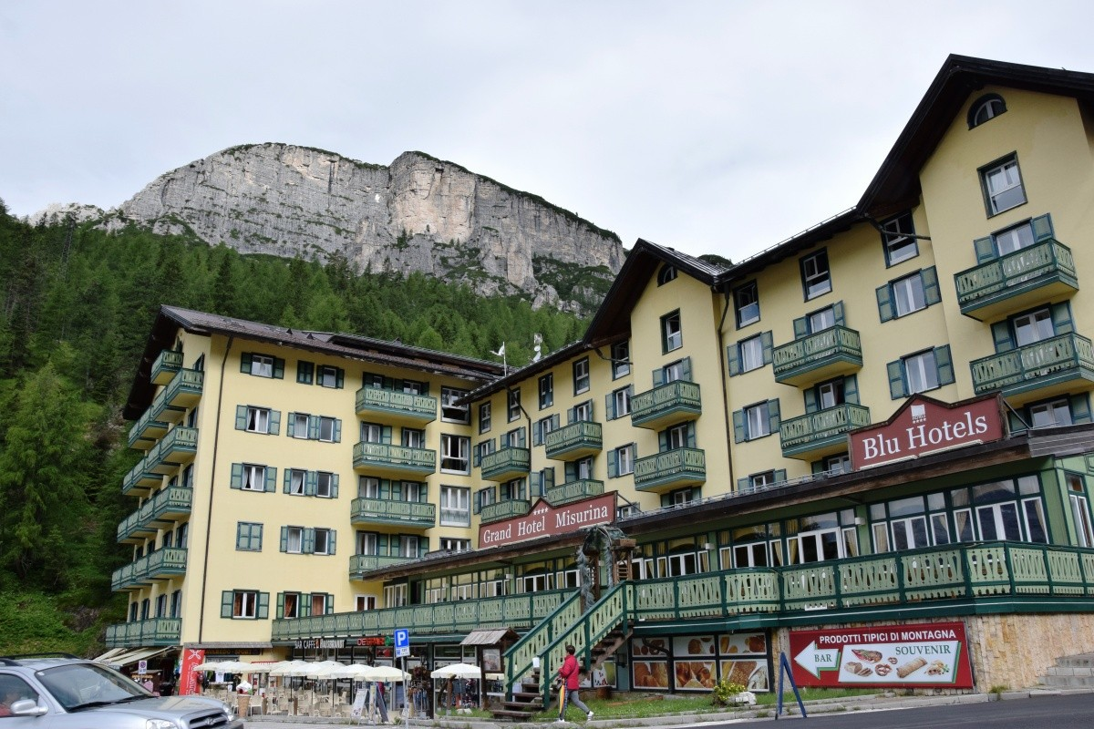 cortina dampezzo jewish personals Cortina d'ampezzo accommodation  hotel cortina is a charming 4-star hotel dating from the late 19 th century the choice of accommodation includes comfortable .