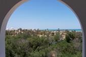Pohled z hoteloveho pokoje