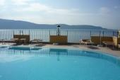 Bazén na střeše hotelu