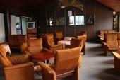 Salonek - tady se opravdu málokdo posadí :)