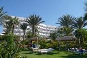 Hotel od zahrady u moře