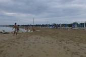 Pláž po dešti