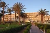 Pohled na hotel od moře