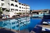 Horní bazén v Azure resort