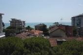 Výhled z balkonu na moře