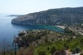 pláž vedľa chrámu mníšok Thassos