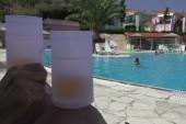 Bazén skrze pivo