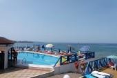 Bazén a pláž