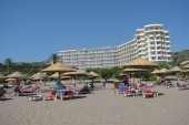 pPohled na hotelovou pláž