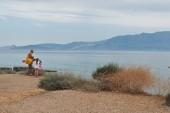cesta na pláž Almyros