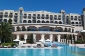 Spice hotel_pohled od bazénu