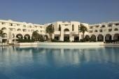 Hotel s bazenem