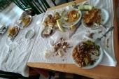 jídelna při obědě
