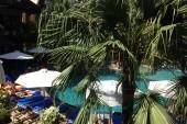Pohled z hotelového pokoje
