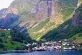 Příjezd fjordem do norského Flamu
