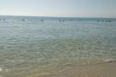 Pláž a vstup do mora čisté