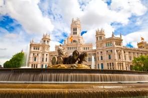 Náměstí Plaza de Cibeles