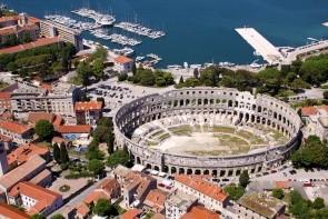 Koloseum v Pule