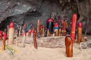Jeskyně Phra Nang & Svatyně falusů