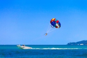 Parasailing Take Off