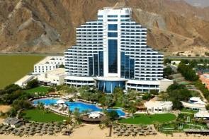 Le Meridien Al Aqah Beach Resort