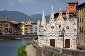Kostel Santa Maria della Spina