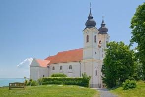 Benediktinský klášterní kostel