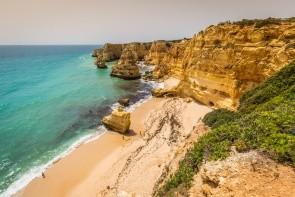 Pláž Praia da Marinha