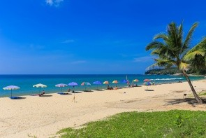 Pláž Surin