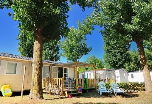 Domaine La Yole Camping Lodge