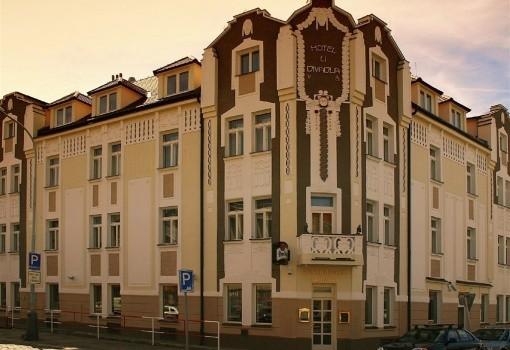 U Divadla (Praha 4)