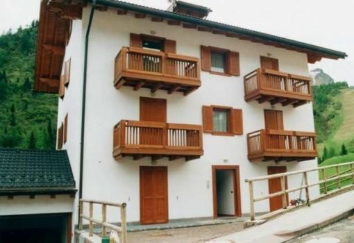 Village Precomun