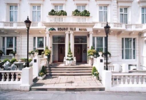 Holiday Villa & Suites Hotel