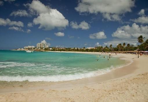 Sonesta Maho Beach