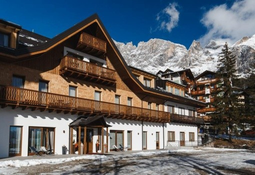 Residence Langes (San Martino di Castrozza)