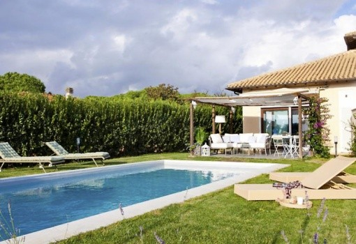 Vila Al Mare (Tarquinia)