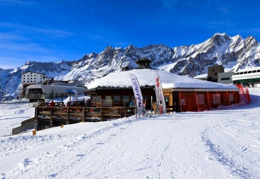 Ski Club Lo Stambecco (Plan Maison)