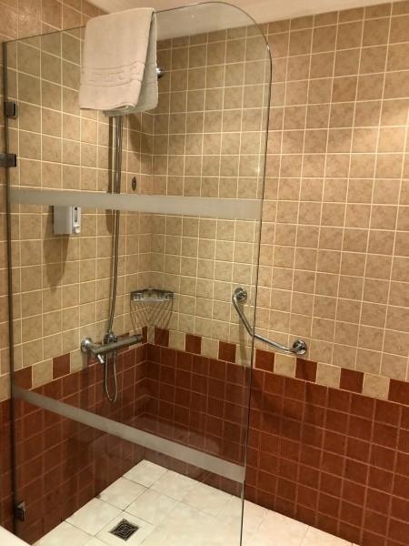 Jsou jedinými pořadateli show showers