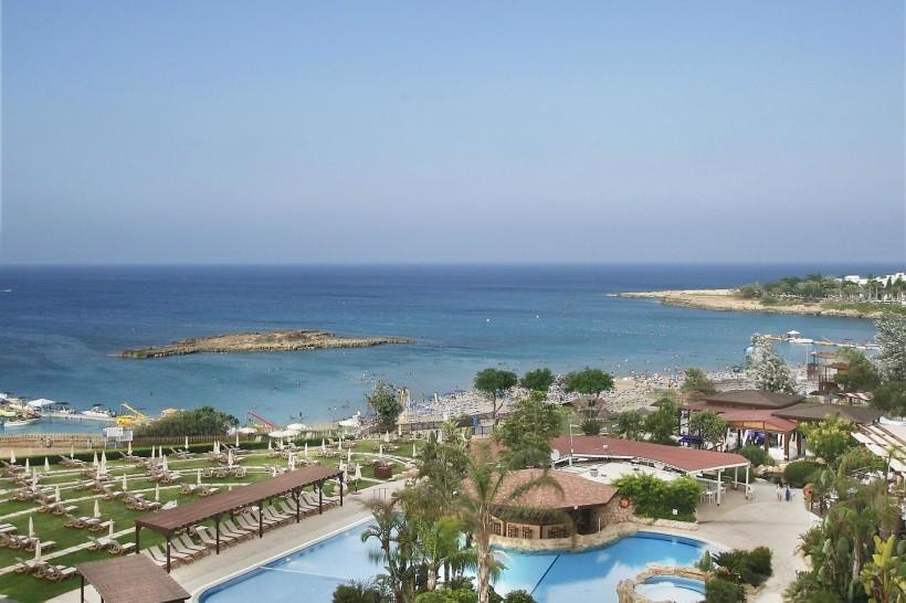 Capo Bay