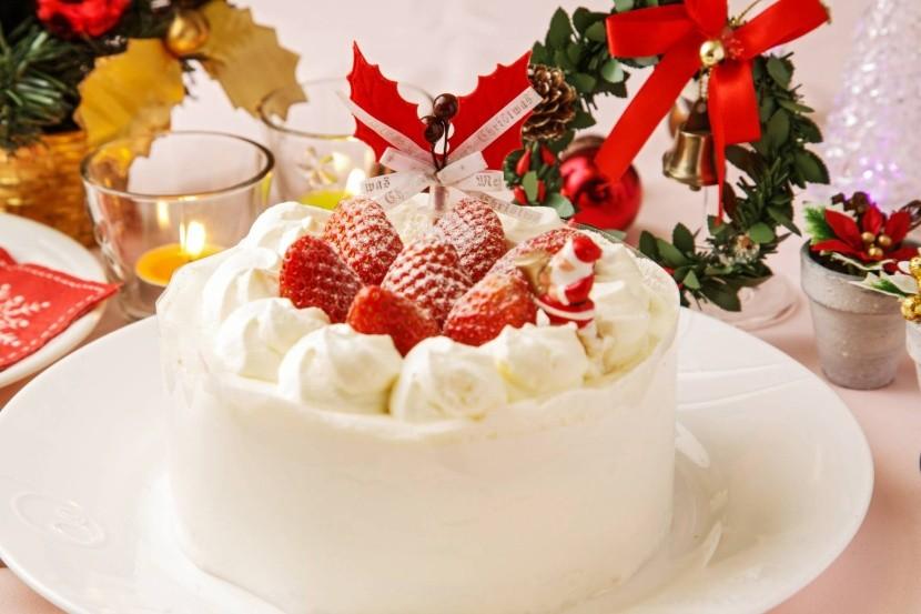Japonský vánoční dort s jahodami