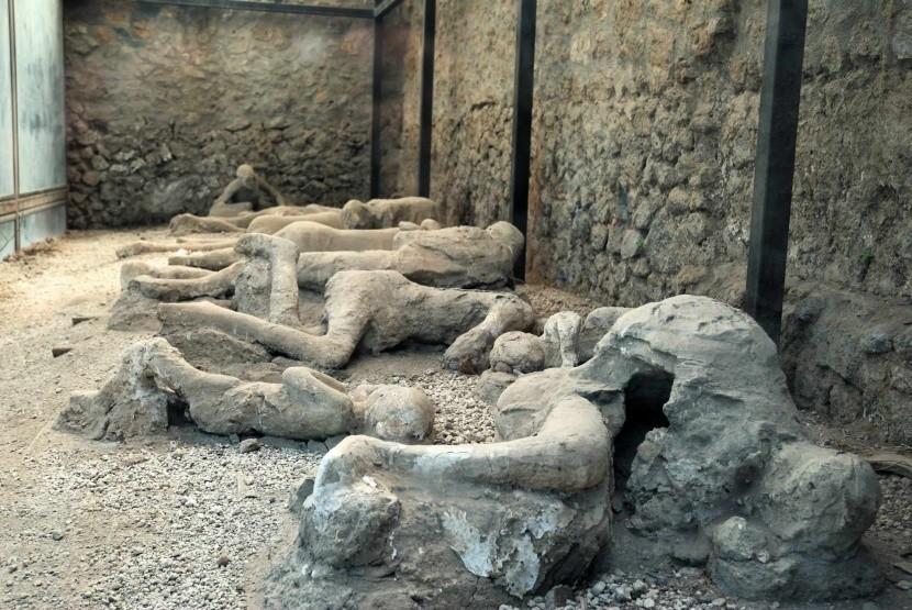 Oběti Vesuvu