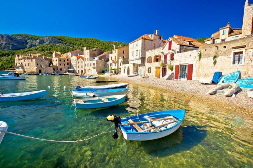 Komiža, ostrov Vis, Chorvatsko