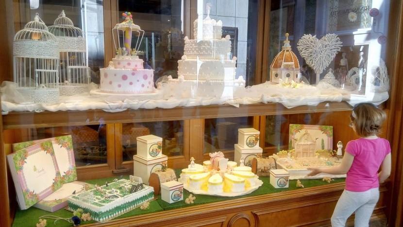 Úžasné dorty v kavárně v Empoli