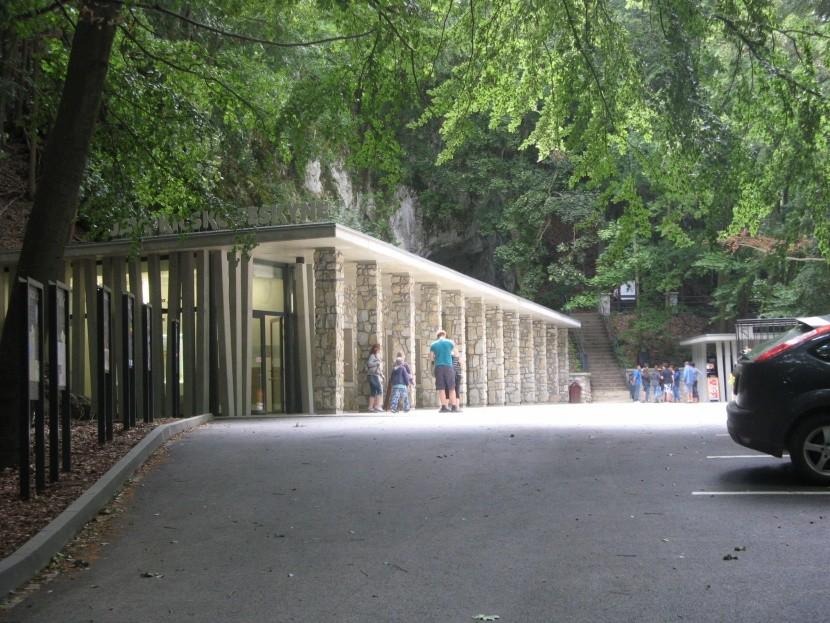 Vstup do Javoříčských jeskyní