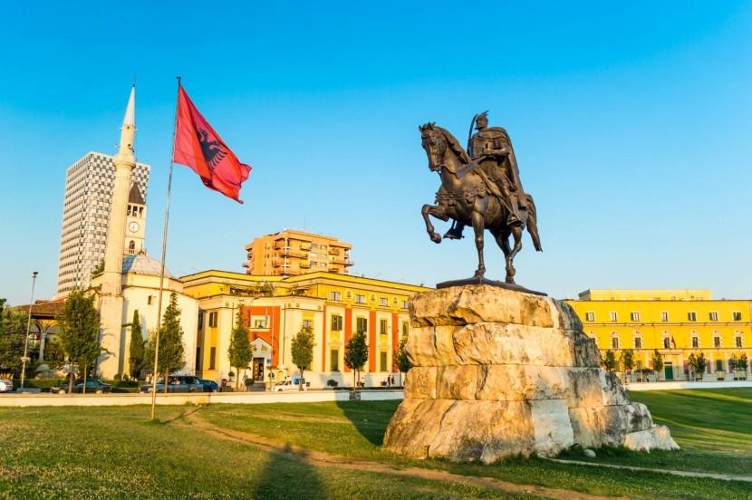 Skanderbegovo náměstí, Tirana